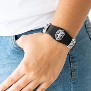 Western Romance - Black bracelet